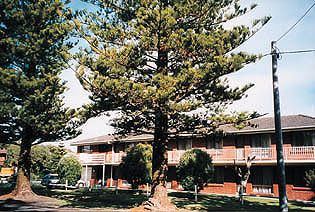 Eastern Beach Holiday Units - Accommodation Mermaid Beach