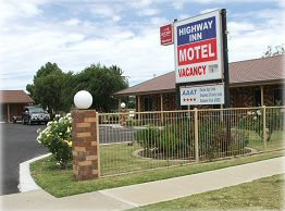 Highway Inn Motel - Accommodation Mermaid Beach