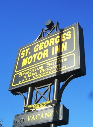 St Georges Motor Inn - Accommodation Mermaid Beach