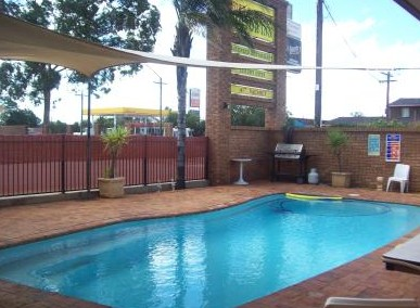 Town And Country Motor Inn Cobar - Accommodation Mermaid Beach