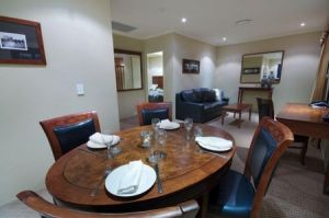Quality Hotel Powerhouse - Accommodation Mermaid Beach