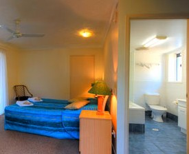 Blue Waters Motel - Accommodation Mermaid Beach