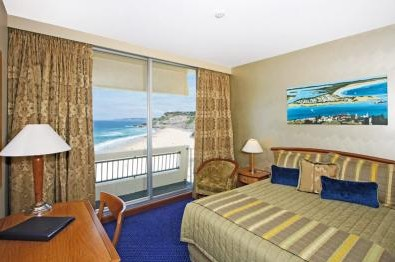 Quality Hotel Noahs on the Beach - Accommodation Mermaid Beach