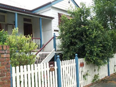 Eskdale Bed And Breakfast - Accommodation Mermaid Beach