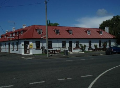 Caledonian Inn Hotel Motel - Accommodation Mermaid Beach