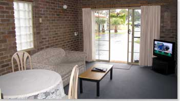 Southern Cross Holiday Apartments - Accommodation Mermaid Beach