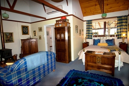 Hillside Country Retreat  - Accommodation Mermaid Beach