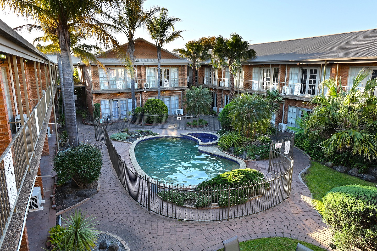 Quality Hotel Melbourne Airport - Accommodation Mermaid Beach