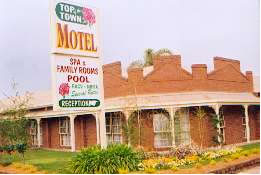 Top Of The Town Motel - Accommodation Mermaid Beach