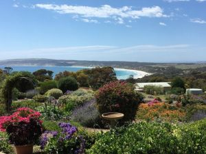 Emu Bay Holiday Homes - Accommodation Mermaid Beach