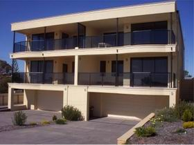 The Lighthouse Accommodation - Accommodation Mermaid Beach