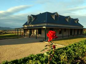 Abbotsford Country House - Accommodation Mermaid Beach