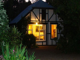 Riddlesdown Cottage - Accommodation Mermaid Beach