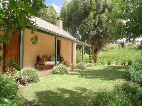 Seppeltsfield Vineyard Cottage - Accommodation Mermaid Beach