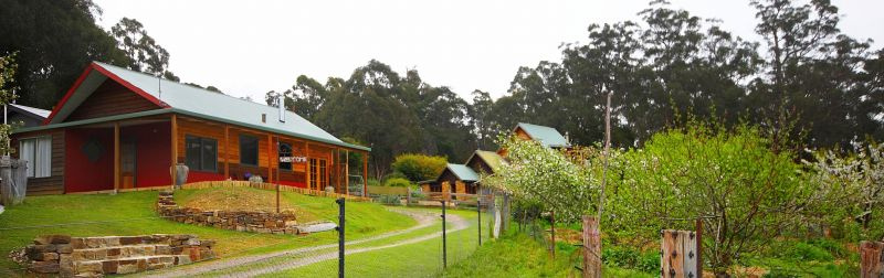 Elvenhome Farm Cottage - Accommodation Mermaid Beach