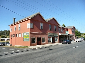 Mole Creek Hotel - Accommodation Mermaid Beach