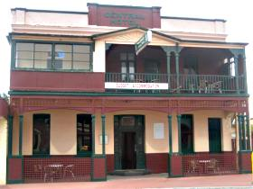 Central Hotel Zeehan - Accommodation Mermaid Beach