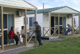 Discovery Holiday Parks Devonport Cosy Cabins - Accommodation Mermaid Beach