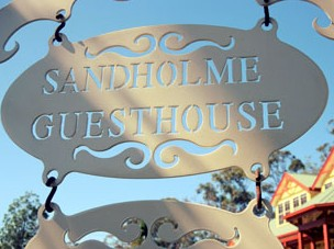 Sandholme Guesthouse 5 Star - Accommodation Mermaid Beach