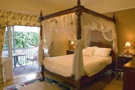 Elindale House Bed and Breakfast - Accommodation Mermaid Beach