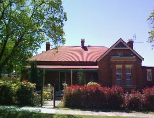 Tumut Accommodation Sefton House - Accommodation Mermaid Beach