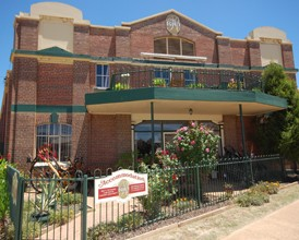 The Rio Holiday Apartments and Theatre - Accommodation Mermaid Beach