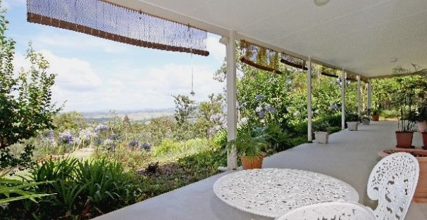 Bed and Breakfast at Wallaby Ridge - Accommodation Mermaid Beach