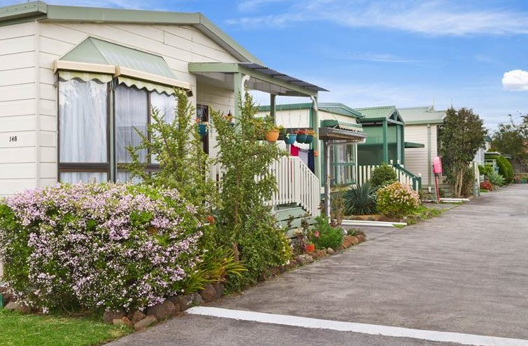 Chelsea Holiday Park - Accommodation Mermaid Beach