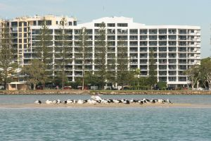 Ramada Resort Golden Beach - Accommodation Mermaid Beach