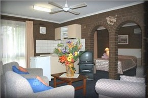 Paradise Holiday Apartments Villas - Accommodation Mermaid Beach