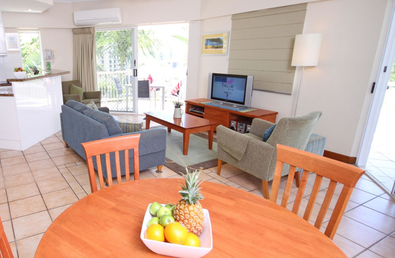 Coolum Seaside Apartments - Accommodation Mermaid Beach