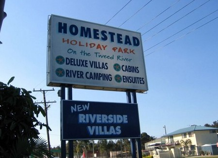 Homestead Holiday Park - Accommodation Mermaid Beach
