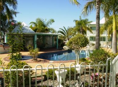Reef Adventureland Motor Inn - Accommodation Mermaid Beach