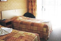 Tenterfield Bowling Club Motor Inn - Accommodation Mermaid Beach