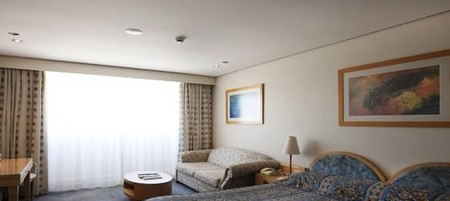 Coogee Sands Hotel And Apartments On The Beach - Accommodation Mermaid Beach