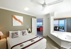 Watermark Resort - Accommodation Mermaid Beach