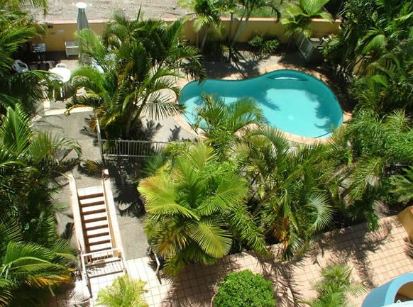Burlington Holiday Apartments - Accommodation Mermaid Beach