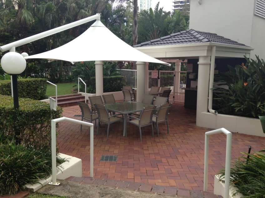 Crest Apartments - Accommodation Mermaid Beach