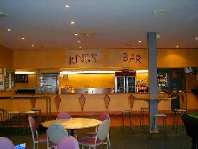 Kings Meadows Hotel - Accommodation Mermaid Beach