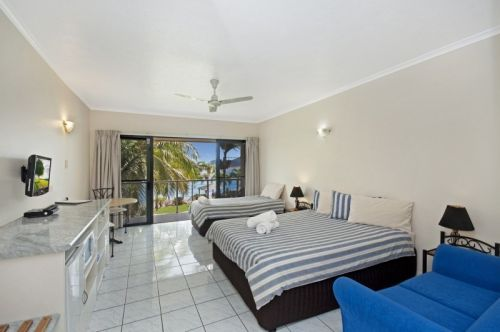 Hinchinbrook Marine Cove Motel - Accommodation Mermaid Beach