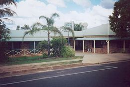 Clermont Motor Inn - Accommodation Mermaid Beach