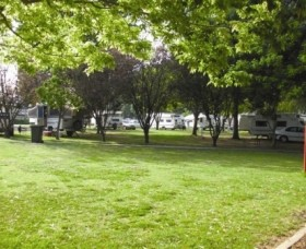 Cowra Van Park - Accommodation Mermaid Beach