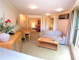 Waldorf Wahroonga Residential - Accommodation Mermaid Beach