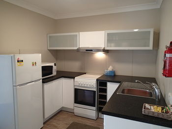 Dungowan Waterfront Apartments - Accommodation Mermaid Beach