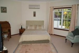 Kingfishers Manor  Noosa - Accommodation Mermaid Beach