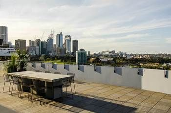 Sydney East Luxury Apartment