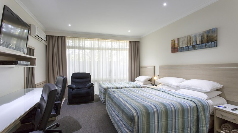 BEST WESTERN Aspen and Apartments - Accommodation Mermaid Beach