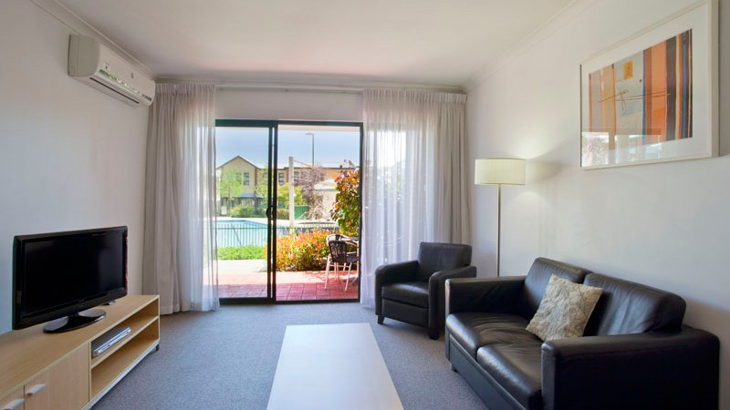 Best Western Plus Ascot Serviced Apartments - Accommodation Mermaid Beach