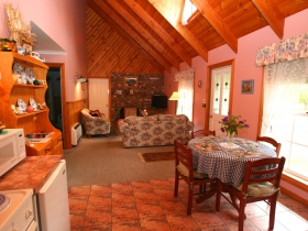 Rosebank Cottage Collection - Accommodation Mermaid Beach