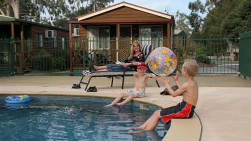 Lake Fyans Holiday Park - Accommodation Mermaid Beach